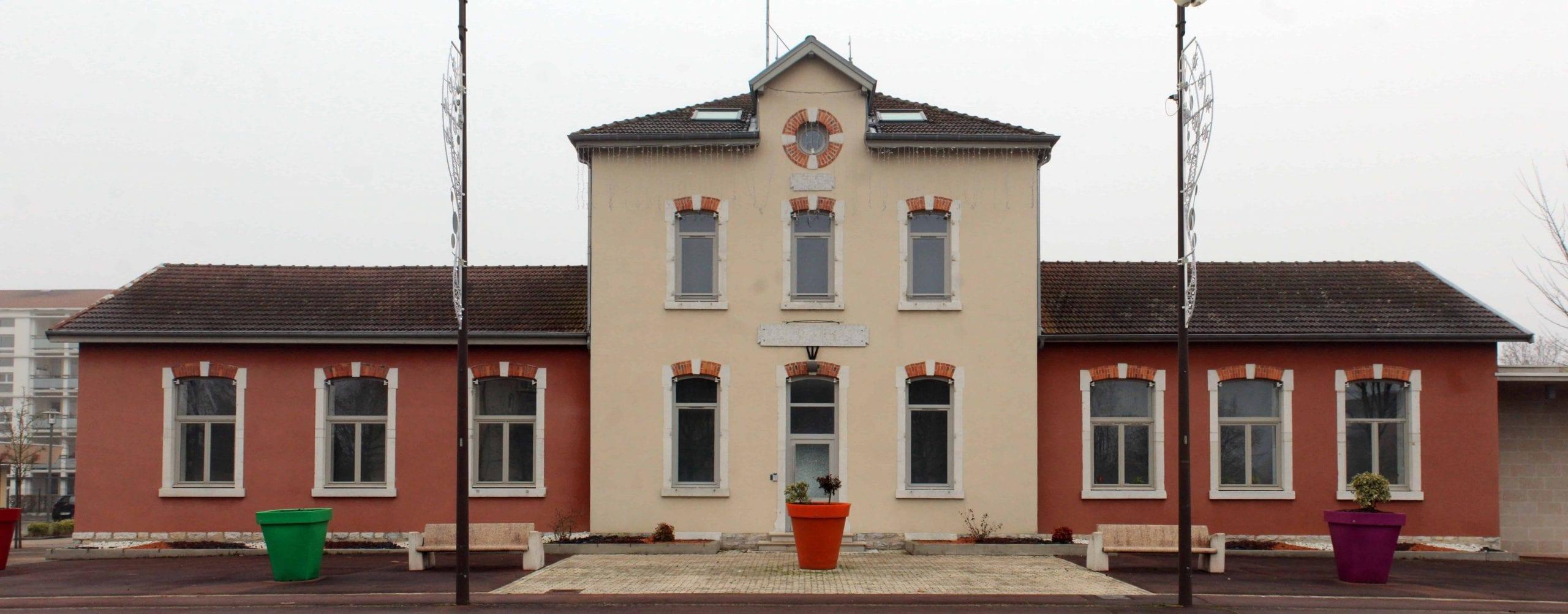 Mairie de péronnas